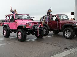 pink jeep rubicon wave to a pink jeep jeep wrangler forum