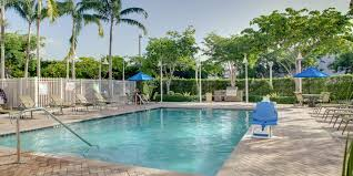 lexus kendall hours holiday inn express u0026 suites miami kendall hotel by ihg