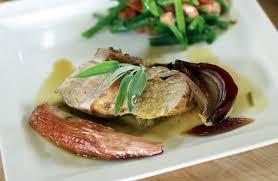 cuisiner un filet mignon de porc filet mignon de porc au four salade de haricots verts recettes