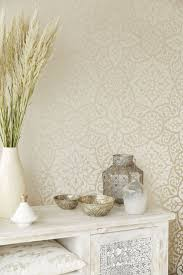 Interior Wallpaper Desings by Best 25 Cream Wallpaper Ideas On Pinterest Ice Cream