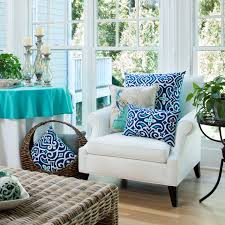 hottest colors in decorative pillows for spring pillow perfect