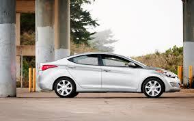 hyundai elantra 1 8 fuel consumption 2012 hyundai elantra term update 5 motor trend