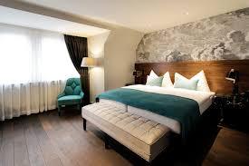 chambre d hotel design l hôtel city zurich se refait une beauté reso le