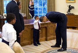 the story behind one of obama u0027s most touching photographs