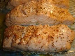 cuisiner saumon congelé pave de saumon aux baies cuit au micro ondes aux gourmandises