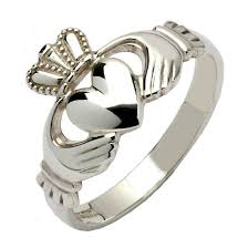 claddagh rings gents traditional silver claddagh ring claddagh rings rings