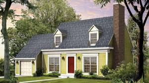 house plans cape cod cape cod exterior paint colors home painting ideas