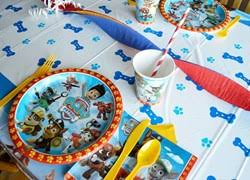 Minnie Mouse Table Covers Table Covers Shindigz