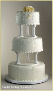 cake pillars 84 best cakes wedding cake pillars images on