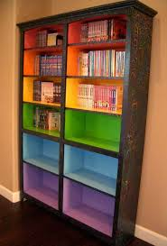 paint colored shelves to signify different reading levels 29