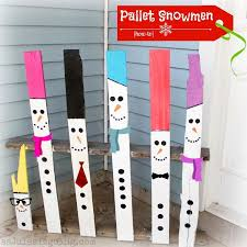snowmen made out wooden pallets pallet christmas decorations