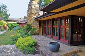 100 frank lloyd wright style homes lessons from frank lloyd