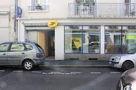 bureau de poste laval deux bureaux de poste bientôt fermés à laval