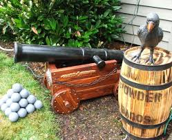 Pirate Themed Home Decor by Halloween Pirate Cannon And Fog Machine Disguiser 7 Steps With