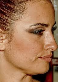 makeup tutorial aly art unretouched penélope cruz might have the cutest forehead freckles i 39 ve