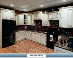 Black Appliances Kitchen Ideas White Kitchen Cabinets Black Appliances White Kitchen Cabinets
