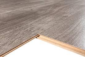 Kronoswiss Laminate Flooring Kronoswiss Swiss Prestige Laurentina Oak 7mm Laminate Flooring