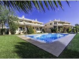 modern luxury apartment overlooking swimming pool 3729