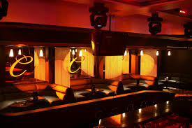 design buzz shimmerscreen chain curtains for nightclubs and bars