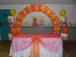 Table Top Balloon Centerpieces by Baby Minnie Party Decorations By Teresa