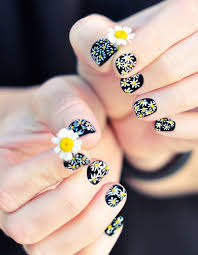 best 20 daisy nails ideas on pinterest daisy nail art flower