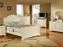 small bedroom furniture sets king size in 12x11 room layout with
