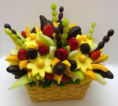 Halloween Baskets Gift Ideas How To Make A Do It Yourself Edible Fruit Arrangement Edible