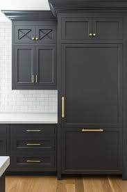 Best Way To Paint Kitchen Cabinets Best 25 Black Kitchen Paint Ideas On Pinterest Grey Kitchen