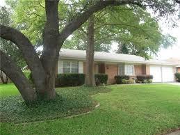 Backyard Fort Worth - 3909 wedgworth rd s fort worth tx 76133 realtor com