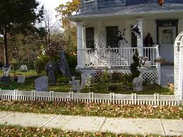 decorating the outside of your home for halloween i heart shabby