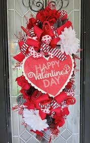 Valentine Front Door Decoration Ideas by 456 Best Wreaths For All Seasons Holidays Images On Pinterest