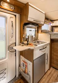 le decor de la cuisine hymer magnifique cuisine compacte