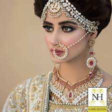 bridal photoshoot of sajal ali for hussain nathni bridal