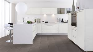 cuisine equipee blanche cuisine equipee collection et cuisine aménagée blanche images ninha