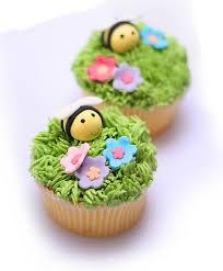 Easter Cupcake Decorations Pinterest by Best 25 Garden Cupcakes Ideas On Pinterest Mushroom Cupcakes