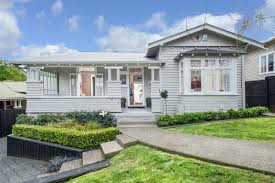 graceful 1920s californian bungalow new zealand luxury homes