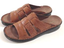 clarks tan leather slides sandals made in brazil size 8m what u0027s