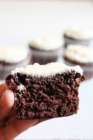 eggless orange chocolate cupcakes recipe with frosting vegan