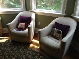 Small Swivel Chairs For Living Room What Are The Advantages Of Using Small Swivel Chairs For Living