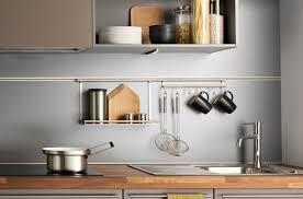 barre credence cuisine 10 crédences qui habillent les murs de la cuisine darty vous