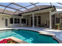 Andrey Kot Glovach Tatiana by 100 Backyard Cottages Florida 115 Island Cottage Lane Vero