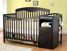 Convertible Cribs With Attached Changing Table Convertible Crib With Changing Table Attached Cvertible S Graco