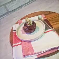 oignon chambre b oignon rôti cérébos chèvre et pickles de radis avec de la