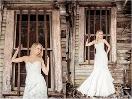 knoxville wedding photographer in front of house rustic wedding bridal portraits