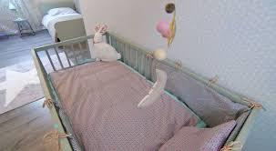 chambre bébé fabrication l astuce déco d aurélie hémar fabriquer un tour de lit pour bébé