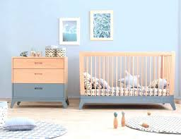 chambre bébé fly chambre bebe fly le tapis de sol accailles bleu nobodinoz est