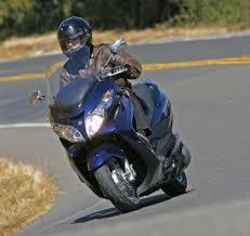 review 2013 suzuki burgman 400 abs upper class scooting the