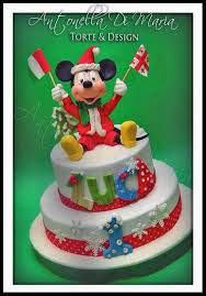 marvelous mickey mouse christmas cake between the pages