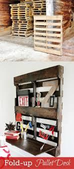 Diy Pallet Desk Diy Fold Up Pallet Desk Recyclart