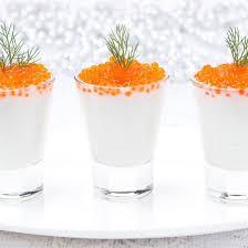 cuisine de a à z verrines verrines de crème de chou fleur aux œufs de saumon les